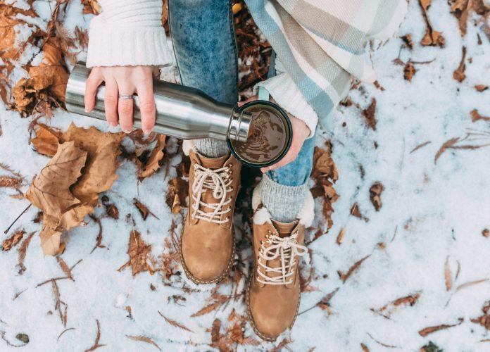Jak nosić buty zimowe